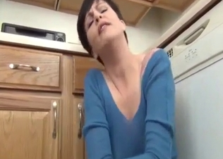 Short-haired mommy seducing son in POV